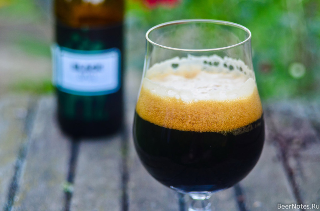 To Øl Black Ball Porter3
